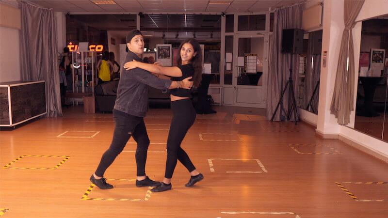Modul 1 Lektion 6 Tanzpaarhaltungen
